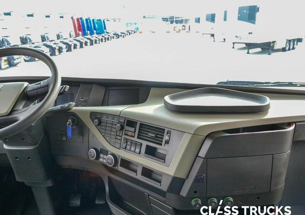 Volvo FH, 2017 год, 6 240 000 рублей, 12 фотография